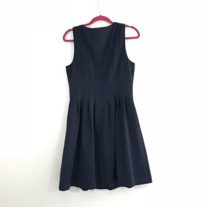 Vince Camuto Dresses - Vince Camuto Navy Pleated Sleeveless Dress Size 12